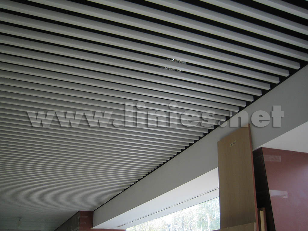 techo-metalico-lineal-LUXALON-CCA